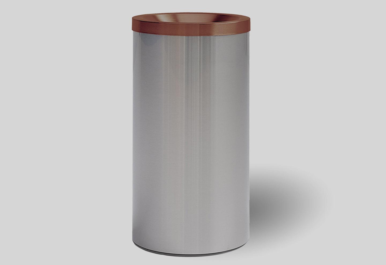 Brown dustbin grizu