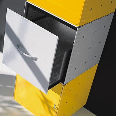 1 drawer
