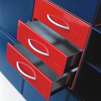 3 drawers